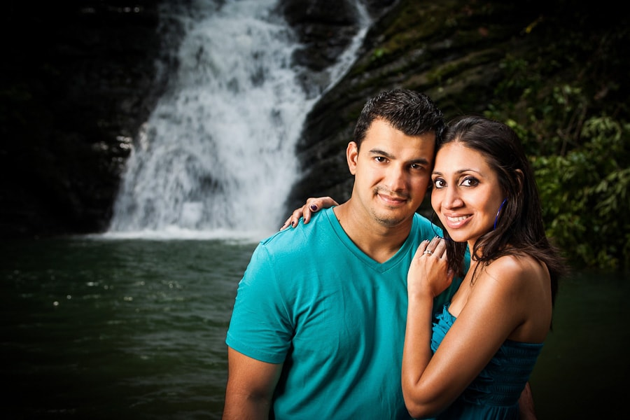 Man proposes to wife at waterfall in Costa Rica