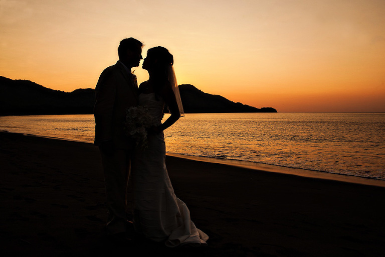Bride and Groom with sunset in Riu Guanacaste