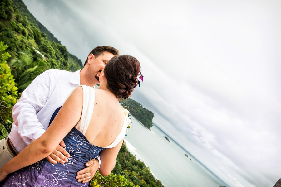 wedding overlooking manuel antonio