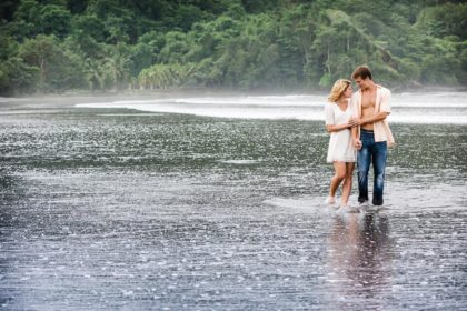 Costa Rica engagement photographer