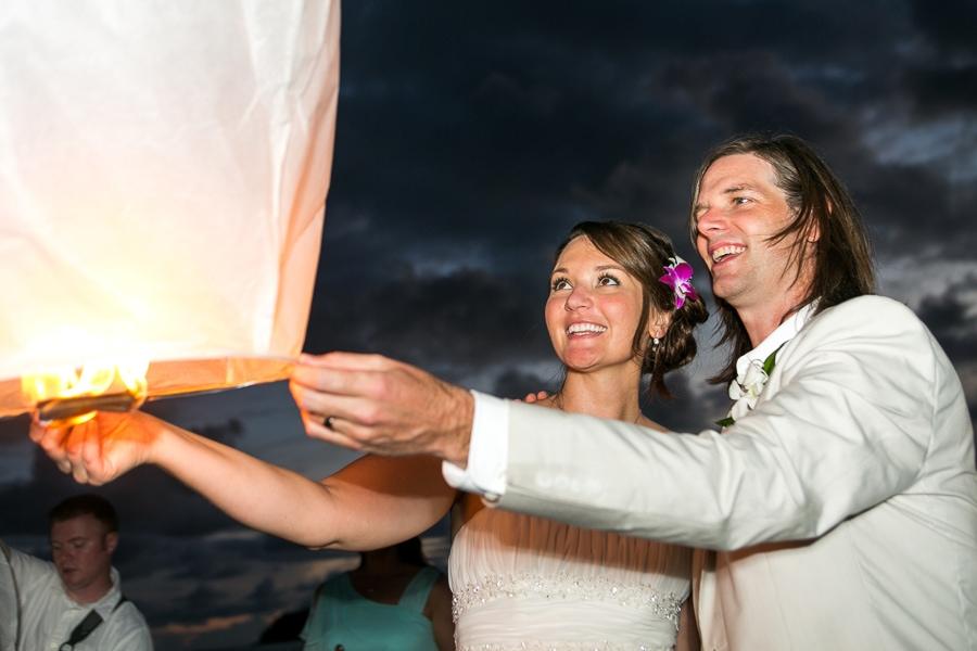 sky lantern wedding in Costa Rica