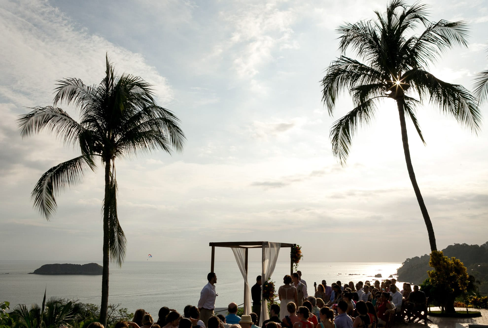 Wedding venues with a view over the Pacific