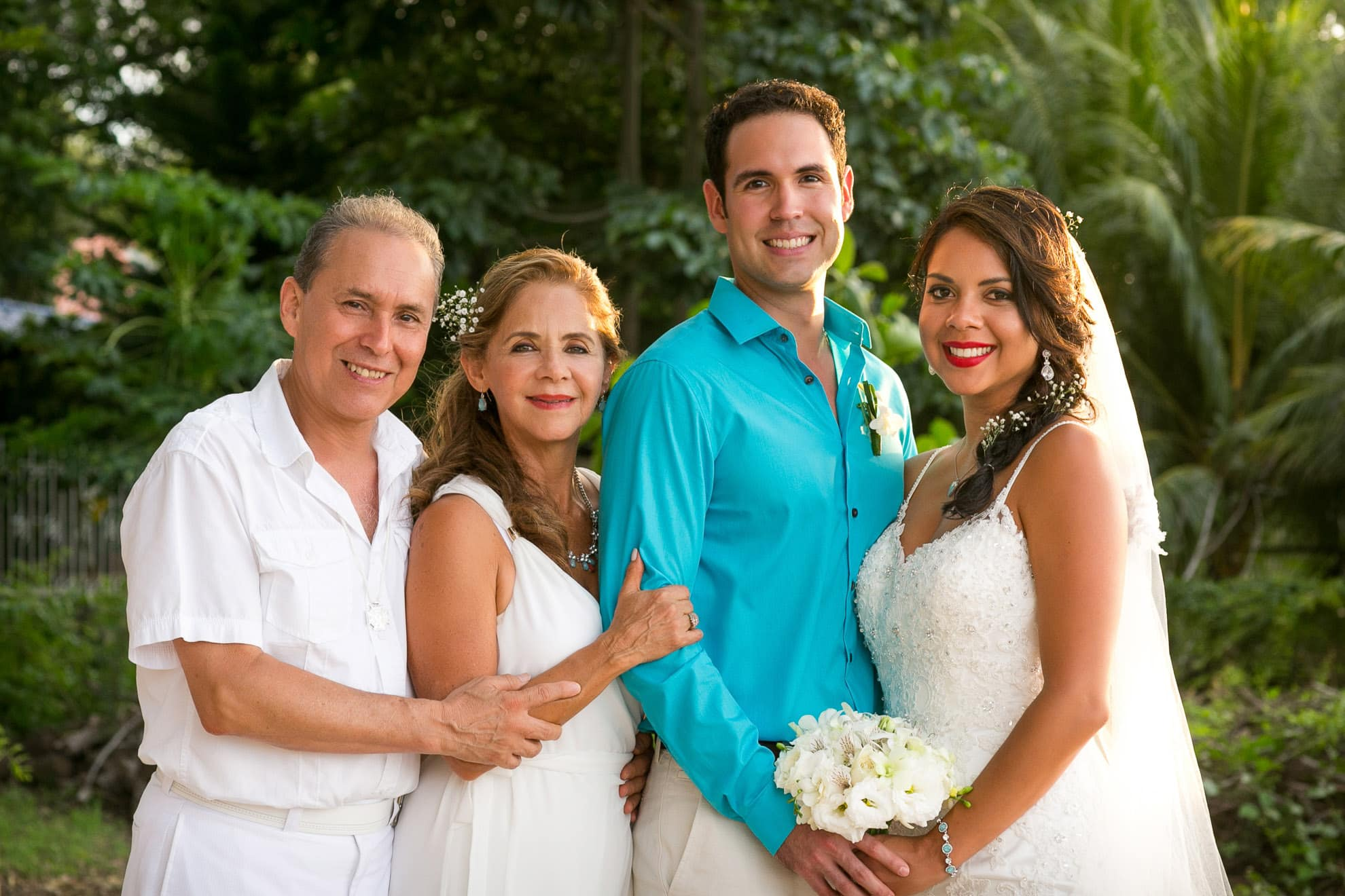 Family portraits in Costa Rica.