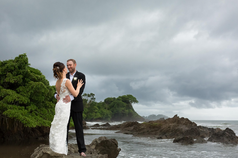 Ultimate Guide for Getting Married in Costa Rica