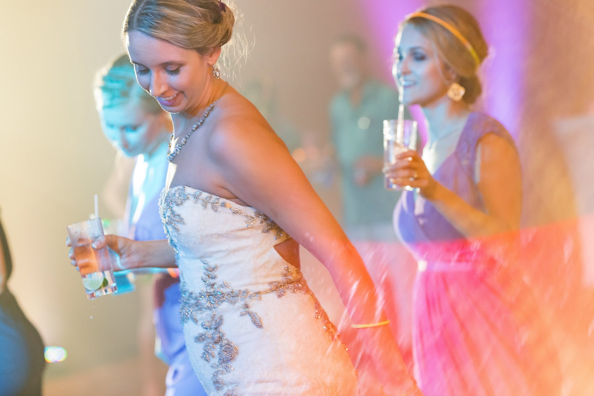 bride dancing at hotel riu palace costa rica