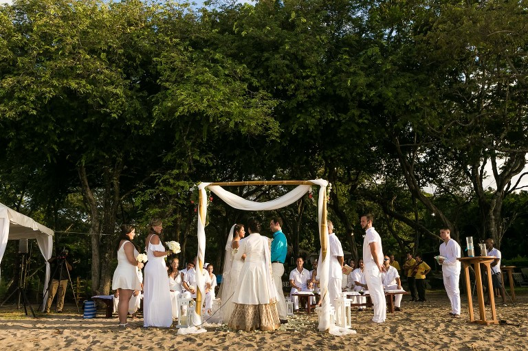 langosta beach club wedding ceremony