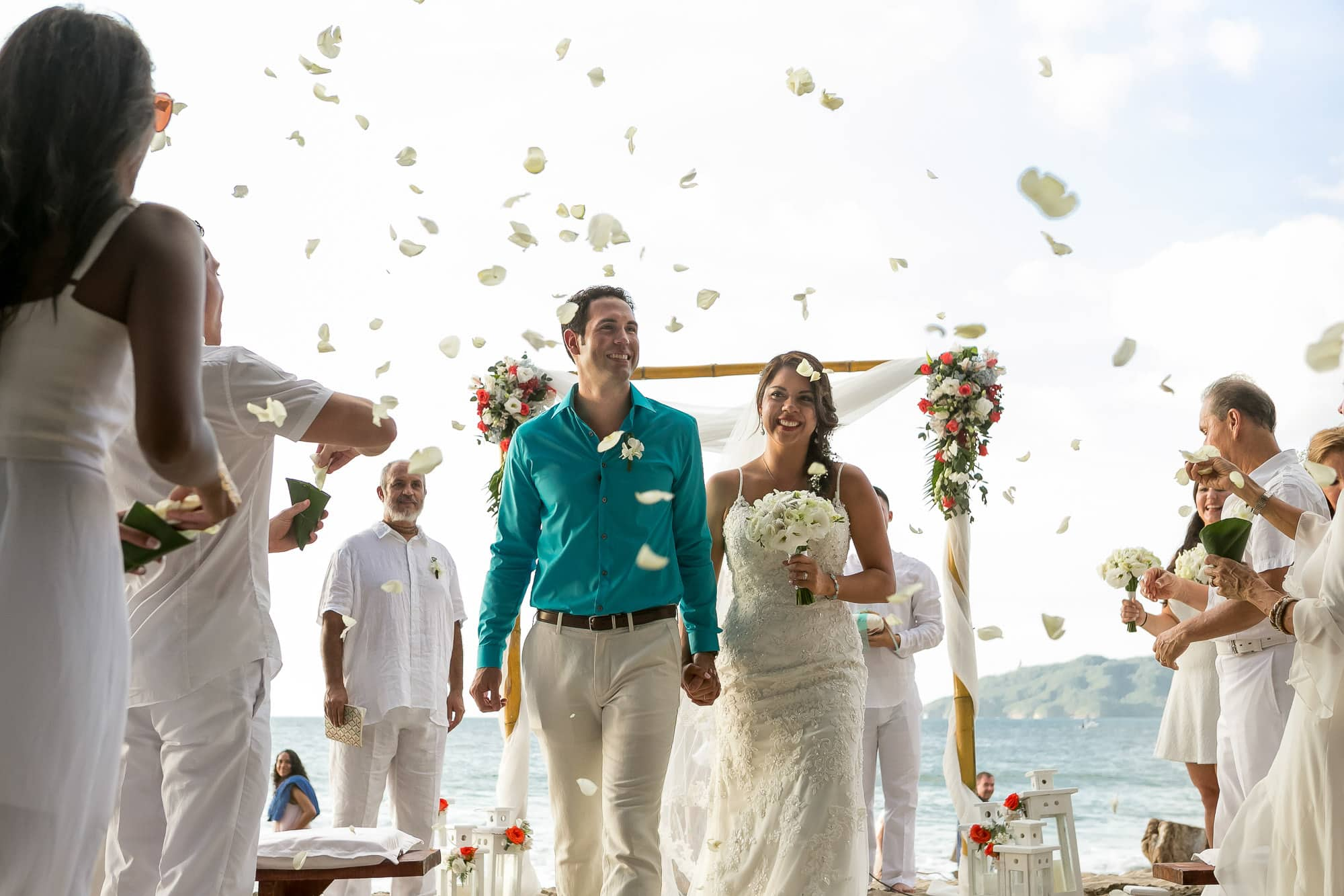 langosta beach club weddings
