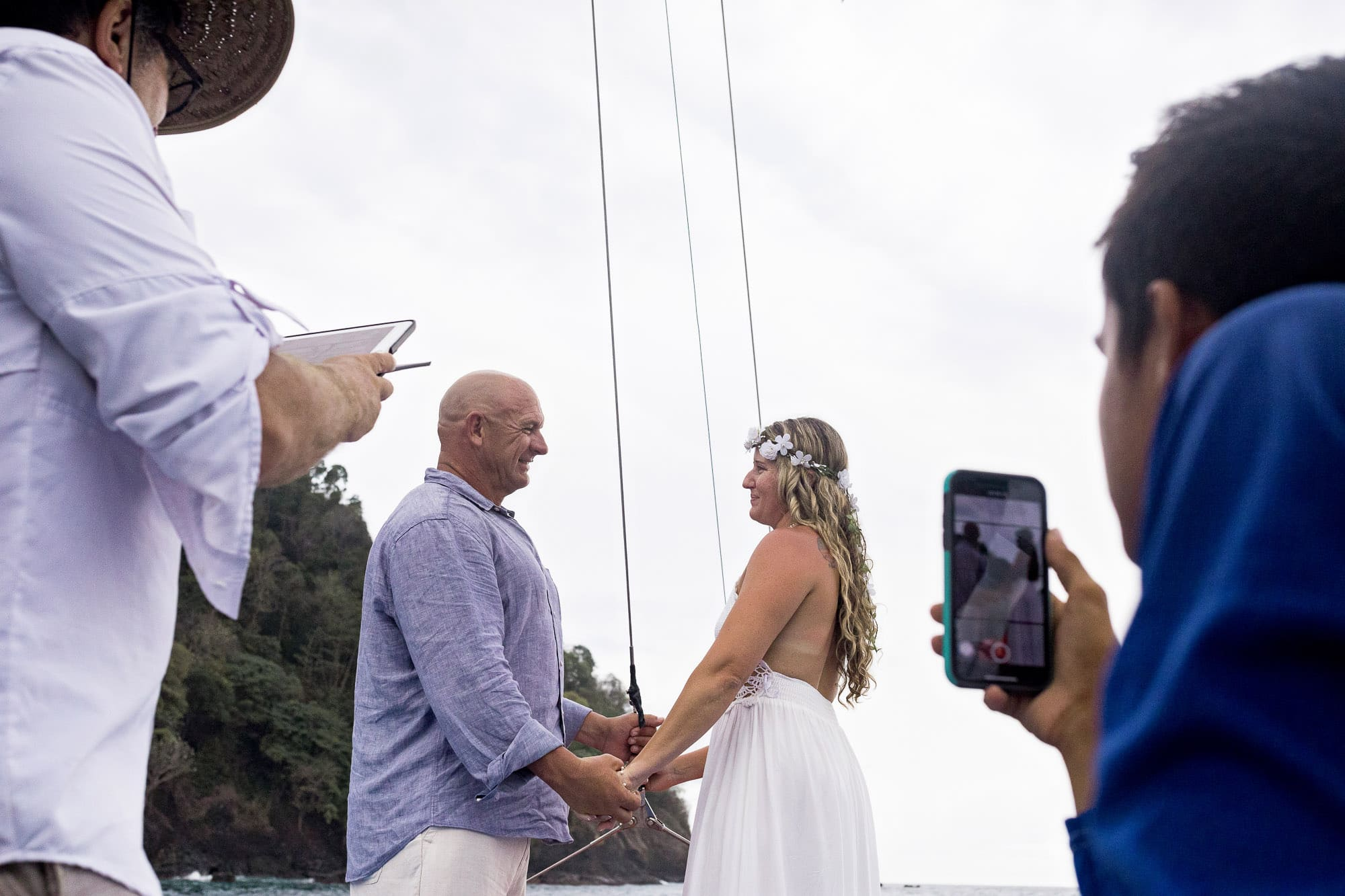 destination-wedding-on-the-water