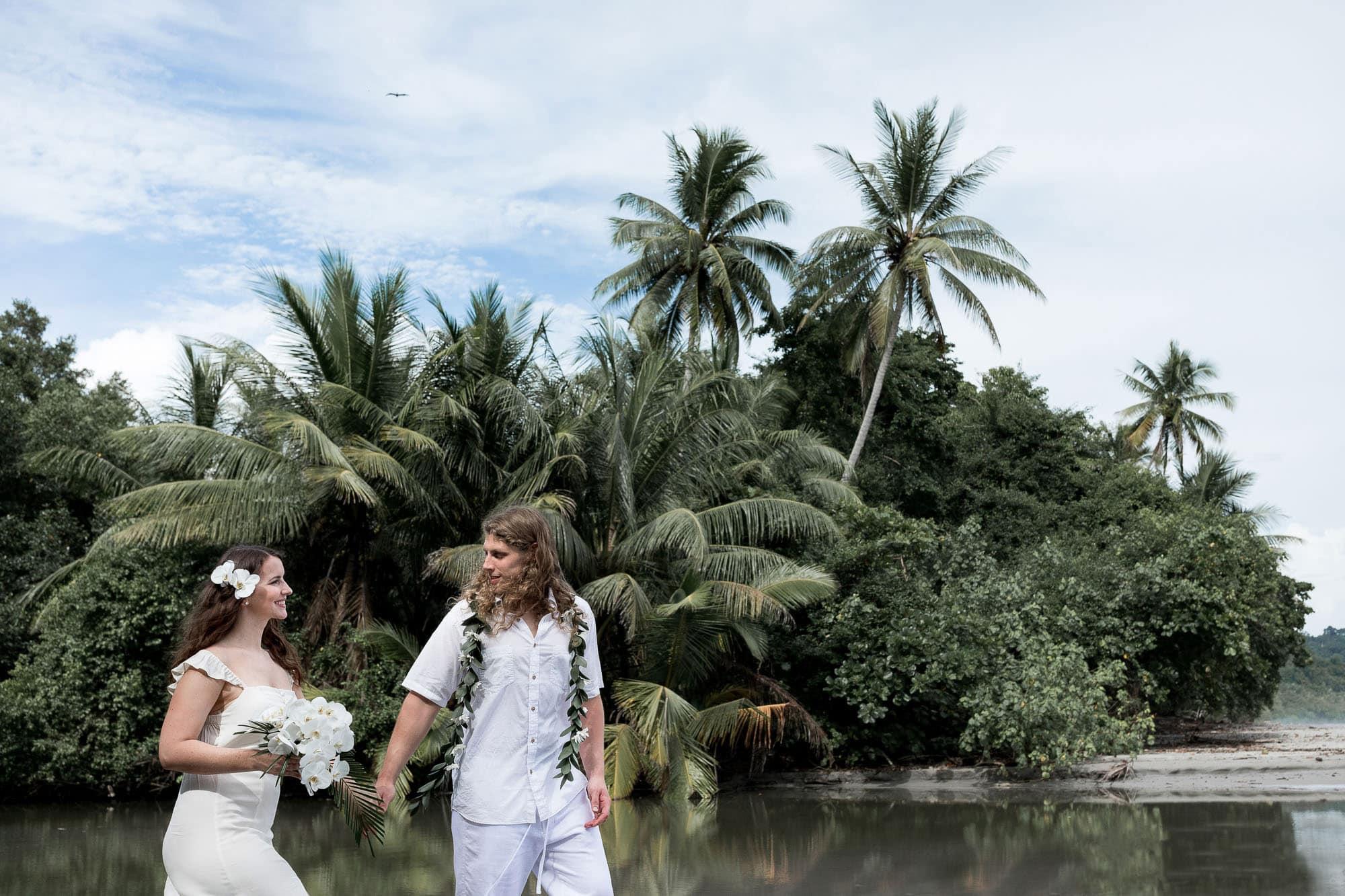 eloping in Costa Rica