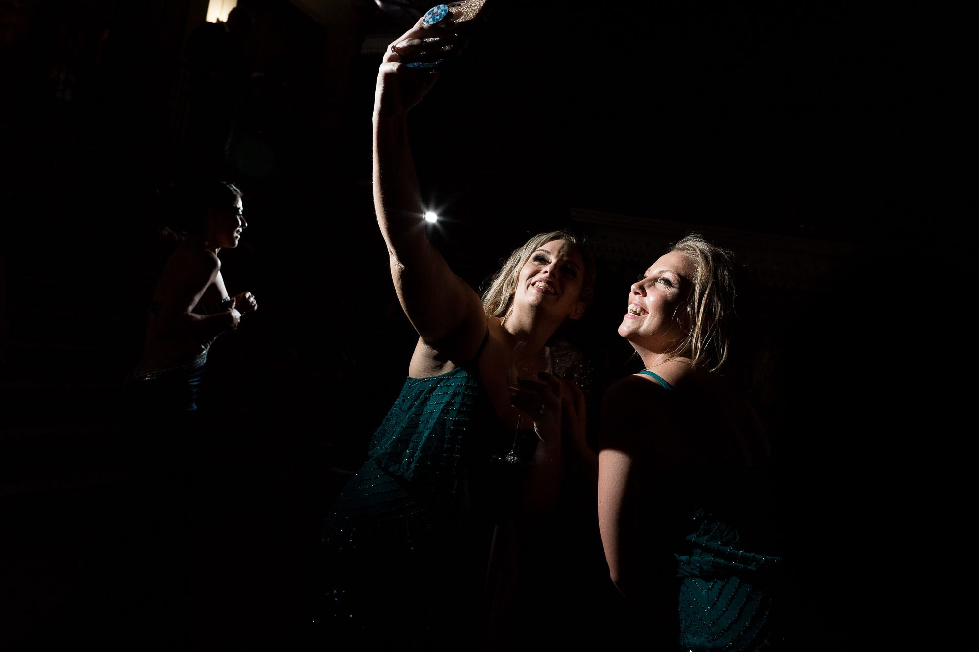 Bridesmaids taking selfies!