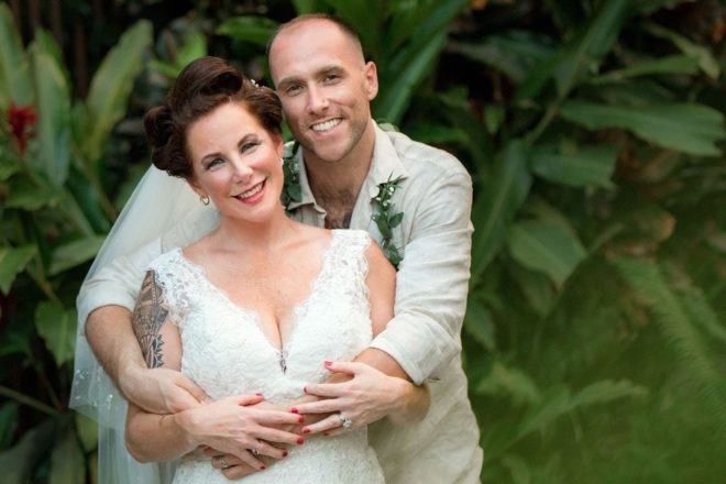 Wedding couple posing for their bridal portraits in Costa Rica