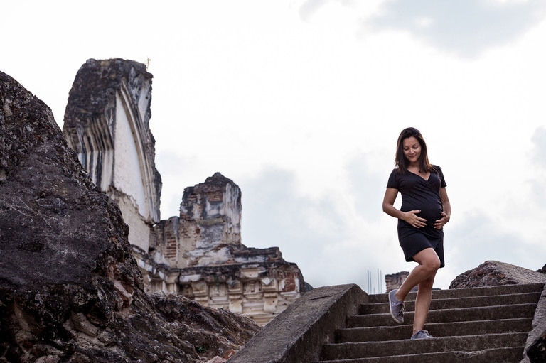 Maternity session in Antigua, Guatemala