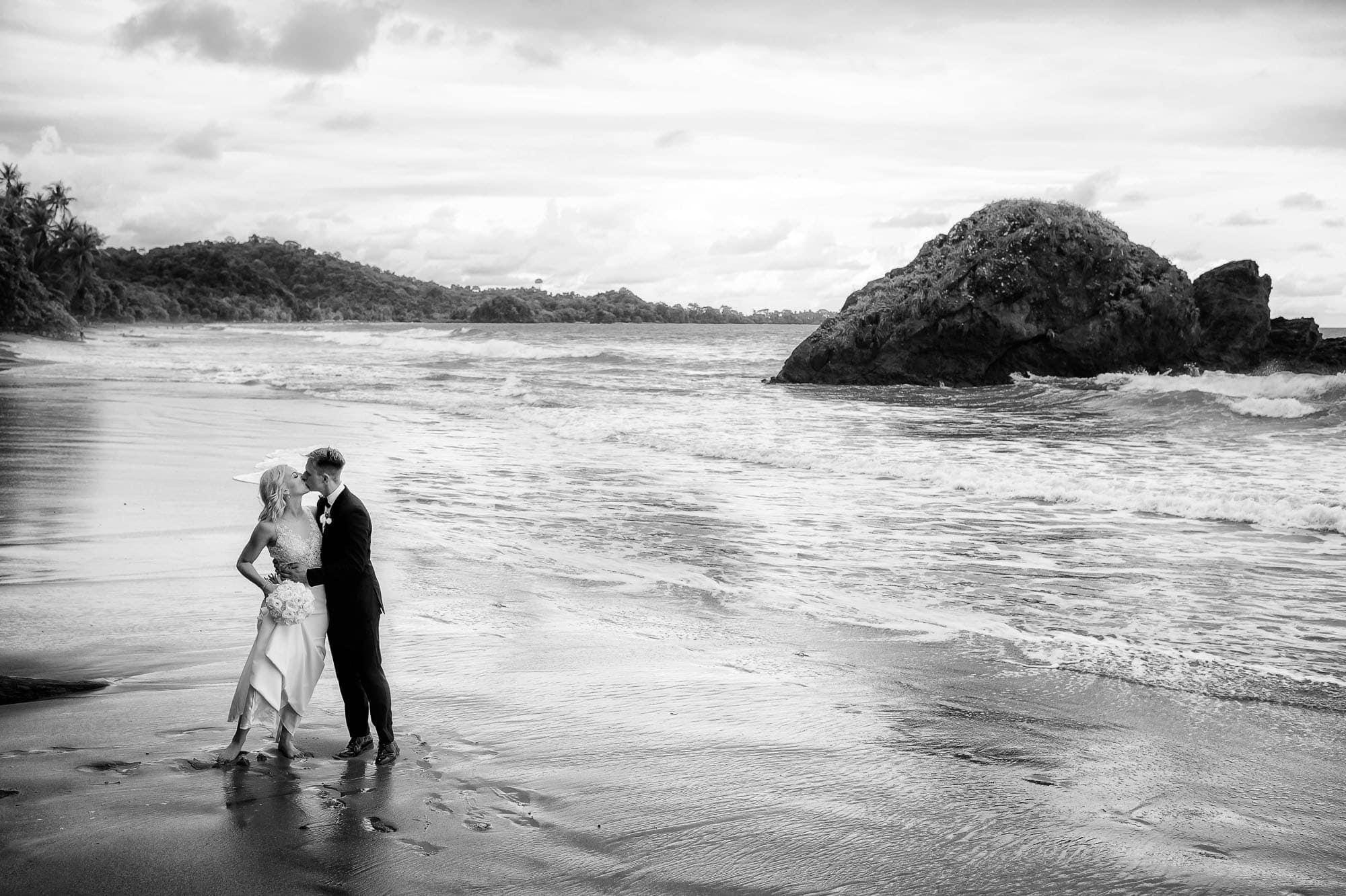 Unique wedding portraits on the beach