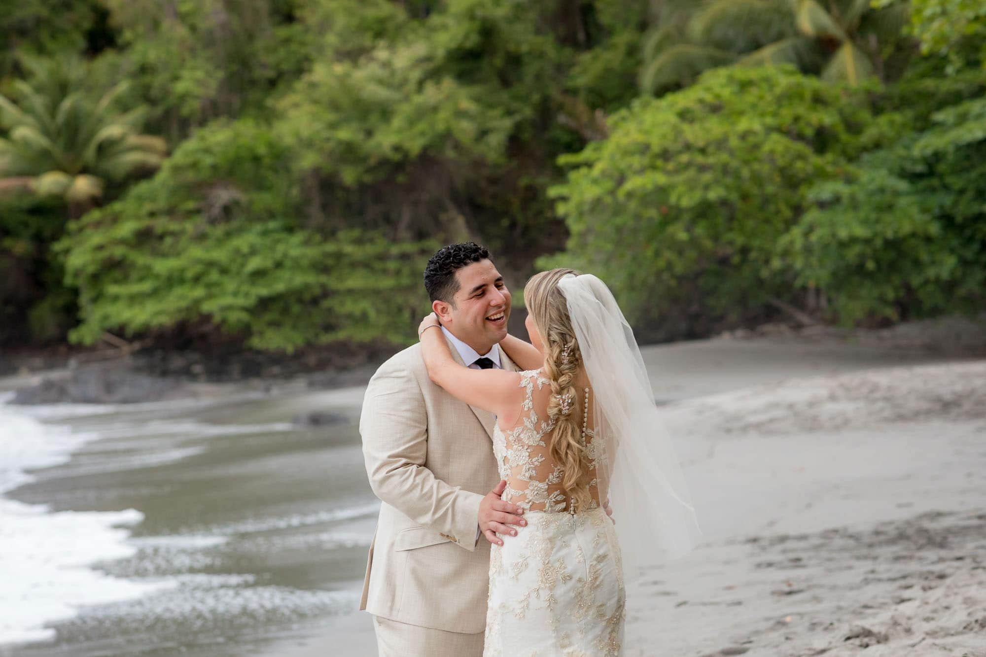 wedding couple beach wedding costa rica